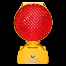 MCE 403/1 Dual Powered STOPBLOCK & Level Crossing Lamp – One Way Facing With Lamp Bracket Fixing (Pads No. 088/011012)
